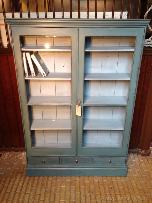 antique painted bookcases 3