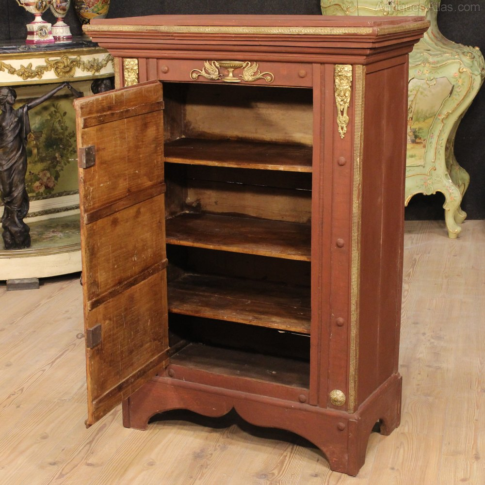 Antiques atlas 20th century italian cabinet in painted wood for Italian cabinets