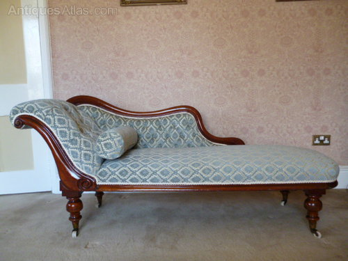 Victorian chaise lounge antiques atlas for Antique wooden chaise lounge