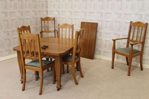 Arts and crafts dining room suite in oak antiques atlas for Arts and crafts dining room set