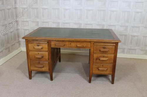 Solid Oak Office Desk 1930s Antiques Atlas