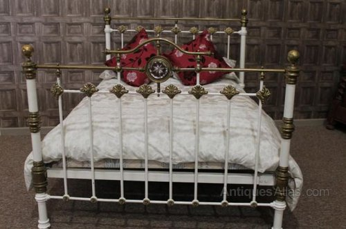 cast iron antique bed frame