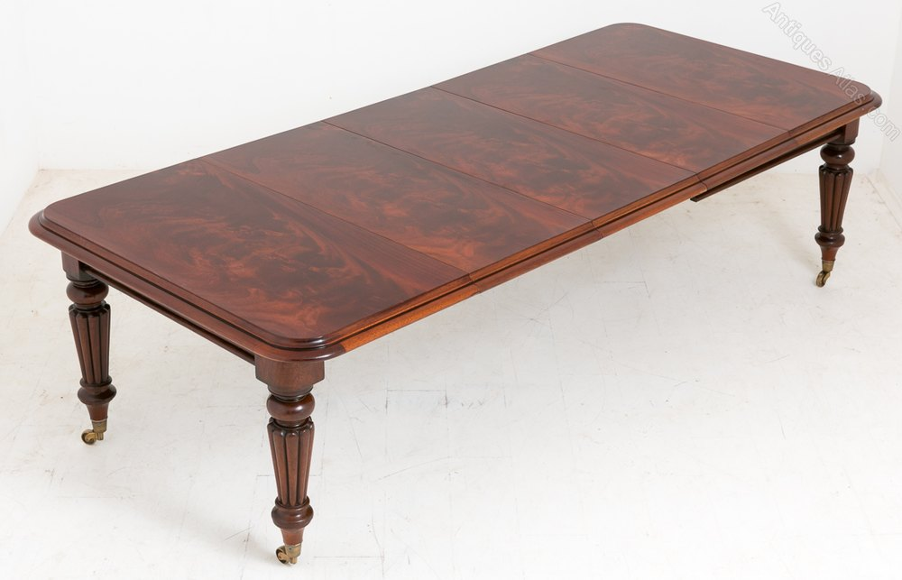 Early Victorian Mahogany Extending Dining Table Antiques  : EarlyVictorianMahoganyExtenas328a088z 3 from antiques-atlas.com size 1000 x 643 jpeg 62kB