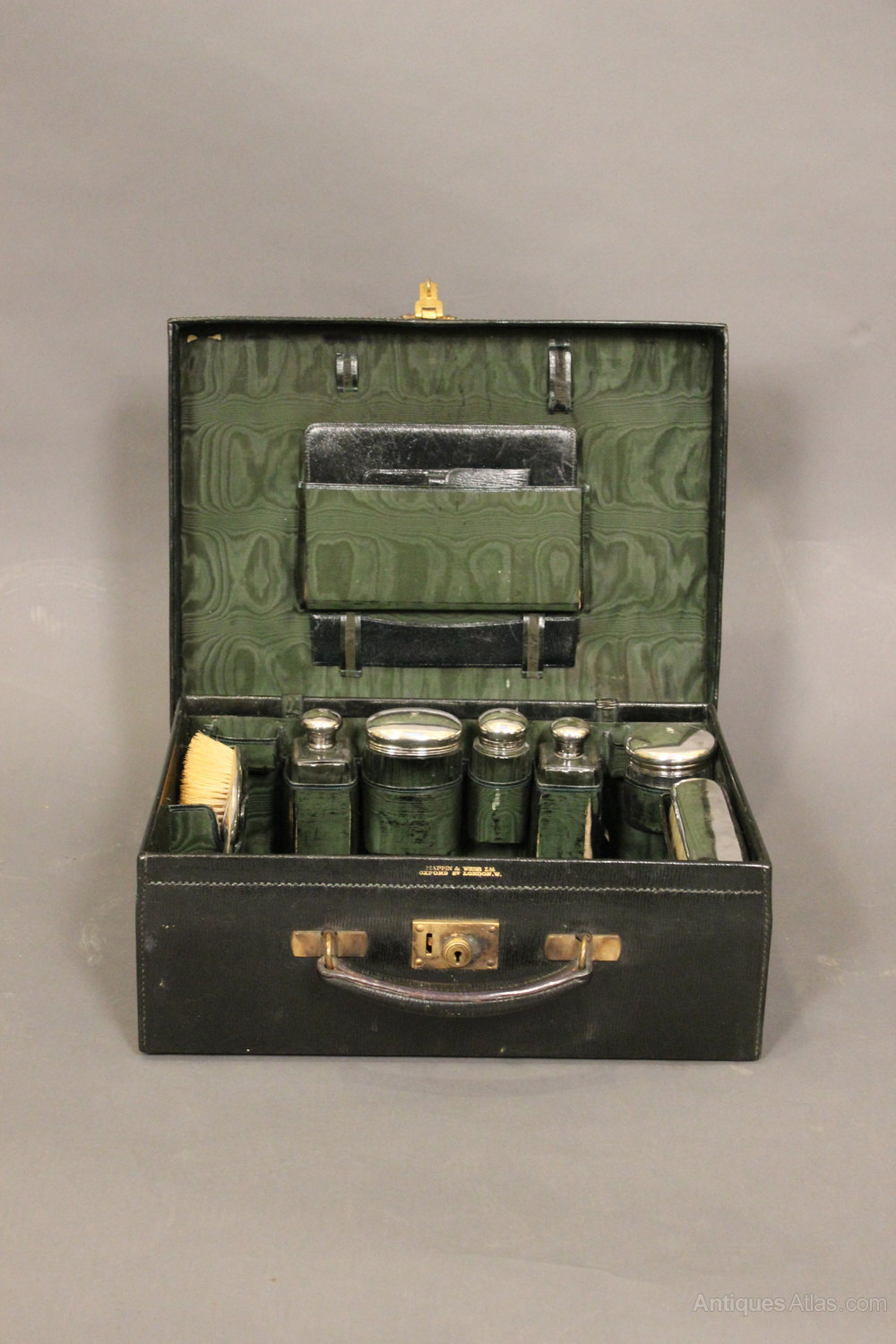 antiques atlas 19thc vanity set dressing case. Black Bedroom Furniture Sets. Home Design Ideas