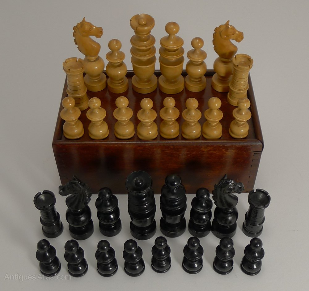 Antiques atlas carved regency style chess set in boxwood ebony - Collectible chess sets ...