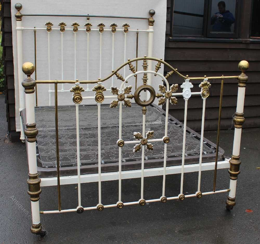 Elegant  Antique Iron Beds Iron Brass