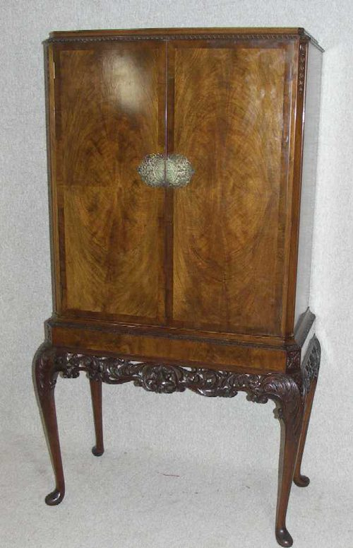 Mahogany Drinks Cabinet - Antiques Atlas