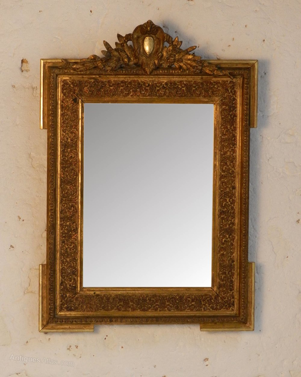 Antiques atlas traditional giltwood mirror from south for Traditional mirror