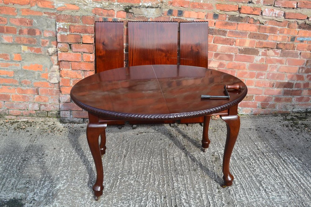 queen anne style dining table c1920 antiques atlas. Black Bedroom Furniture Sets. Home Design Ideas