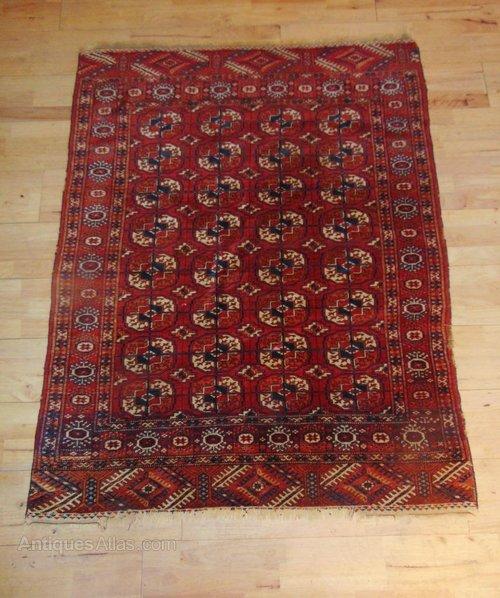 Antique Turkoman Rug: Antique Turkoman Hand Woven Tekke Rug