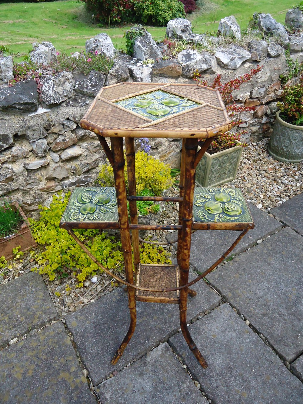 Arts crafts bamboo plant stand with tiles antiques atlas for Bamboo arts and crafts