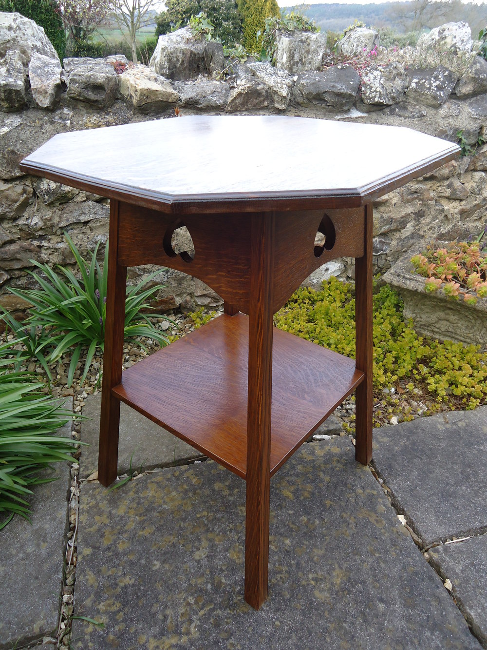 Arts crafts oak side table liberty co antiques atlas for Arts and crafts side table