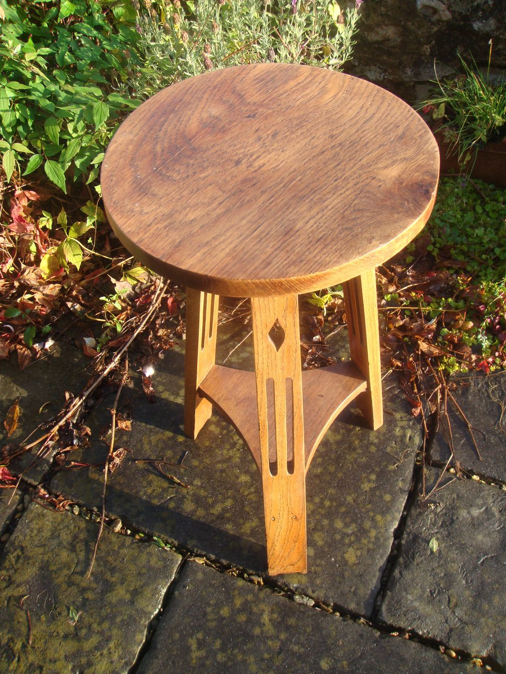 Arts Amp Crafts Oak Round Side Table On Tripod Base