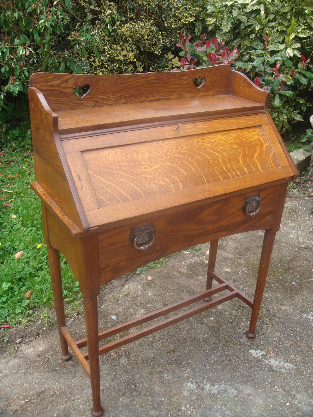 arts crafts liberty oak bureau antiques atlas. Black Bedroom Furniture Sets. Home Design Ideas