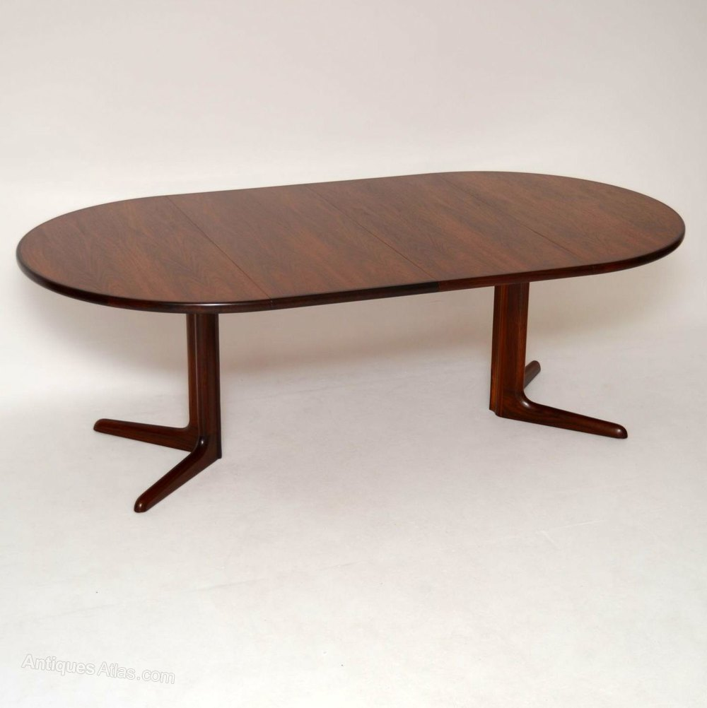 Antiques atlas danish retro rosewood dining table by dyrlund for Retro dining table