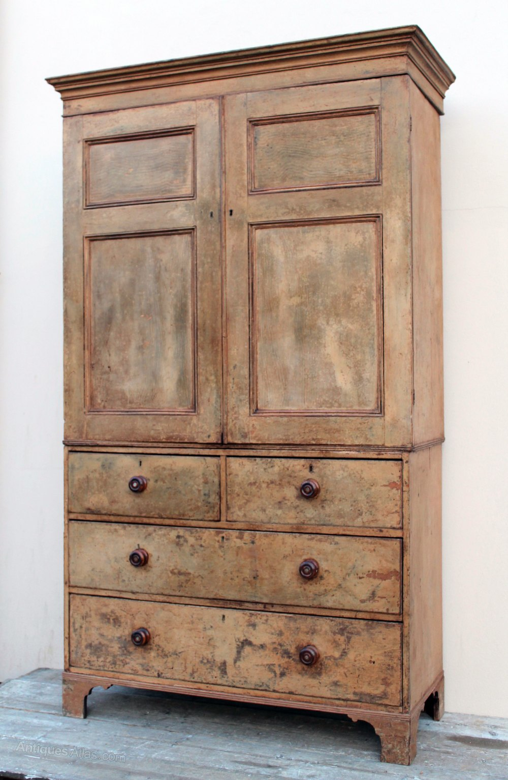 A large regency linen press in the original paint for Linen press