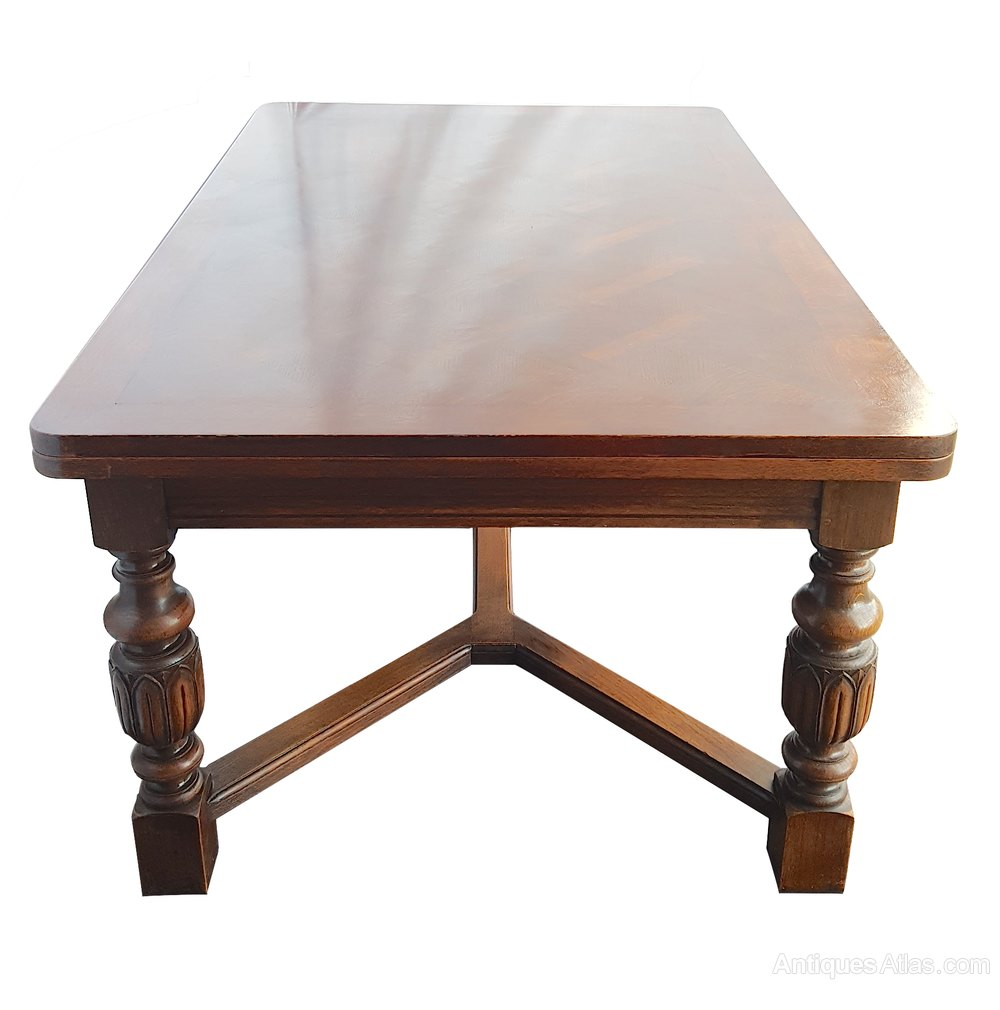 Large extending dining table antiques atlas for Large dining table