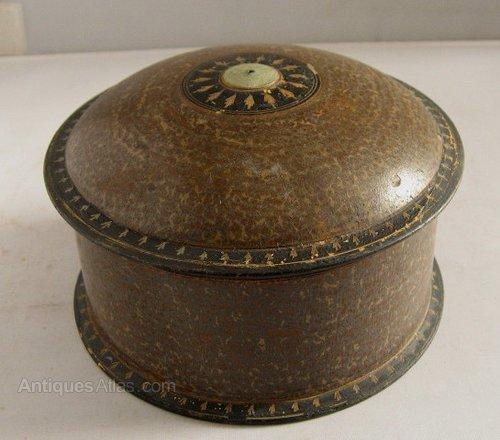 Antiques atlas small circular painted wooden box for Circular wooden box