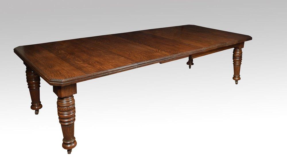 19th Century Oak Dining Table Antiques Atlas : 19thCenturyoakdiningtableas135a1935z from antiques-atlas.com size 1000 x 556 jpeg 43kB