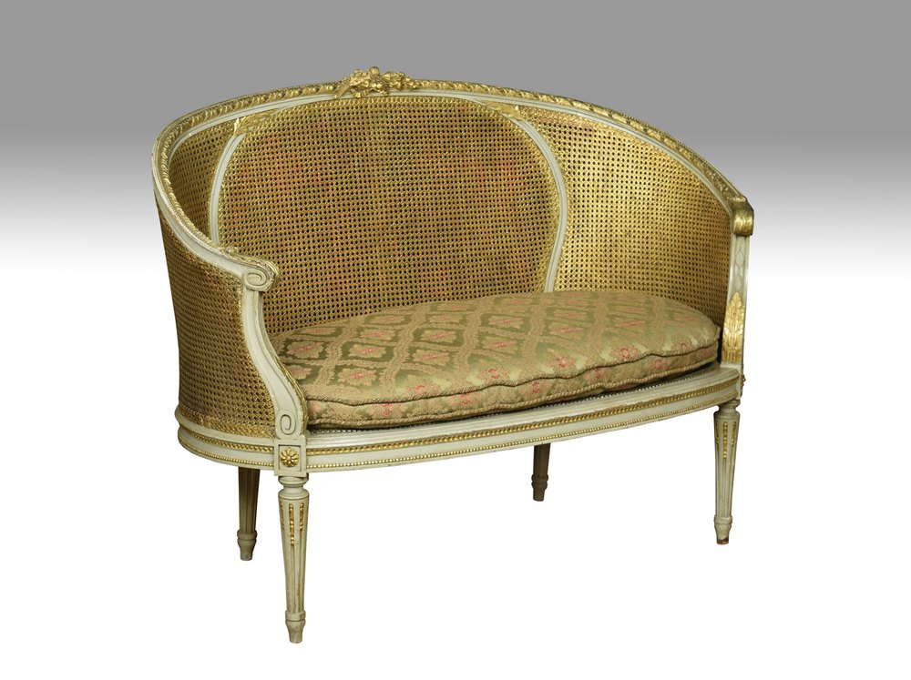 French Louis XVI Style Canapé Settee - Antiques Atlas