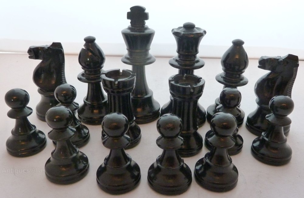 Antiques Atlas 1930 39 S Wooden Chess Set Weighted Original Box
