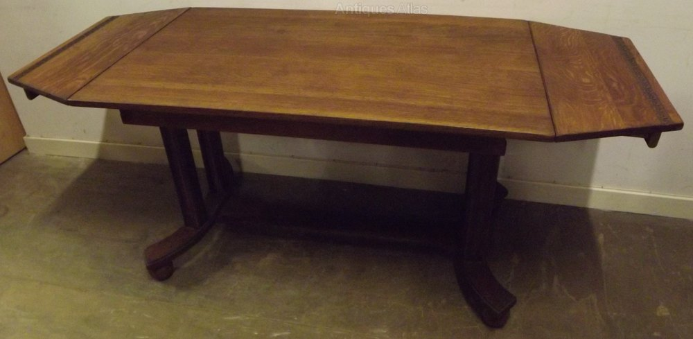 Art deco solid oak drop leaf dining table antiques atlas for Solid oak dining table with leaf