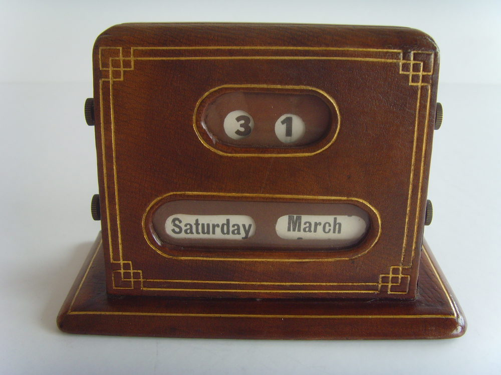 1950s Asprey London Perpetual Desk Calendar Antique ... - Antiques Atlas - 1950s Asprey London Perpetual Desk Calendar