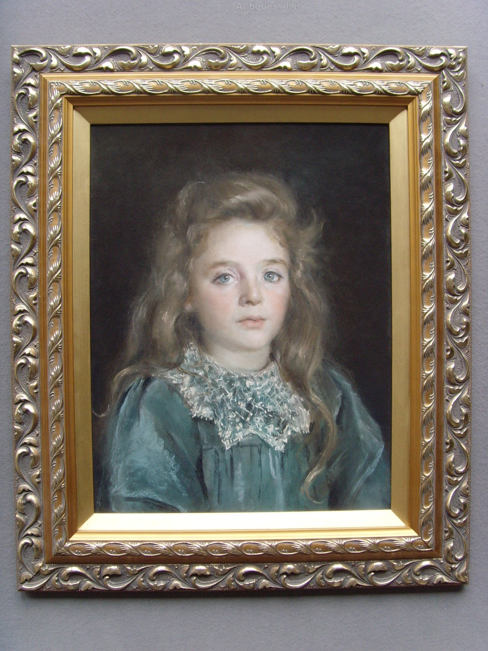 Antiques Atlas - Victorian Pastel Portrait Of A Young Girl