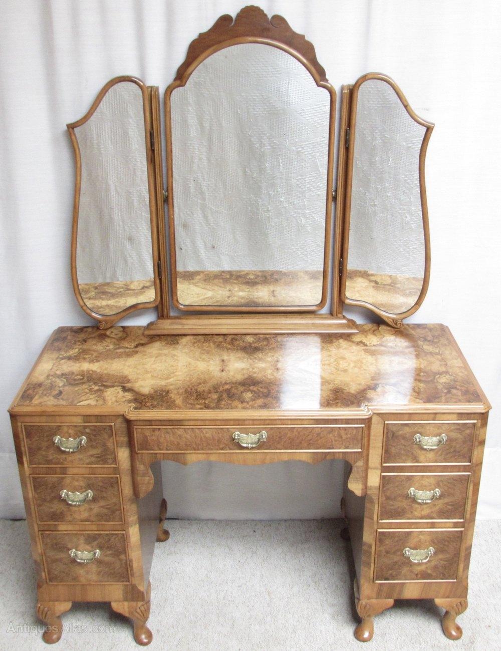 Stunning burr walnut dressing table antiques atlas for Walnut dressing table