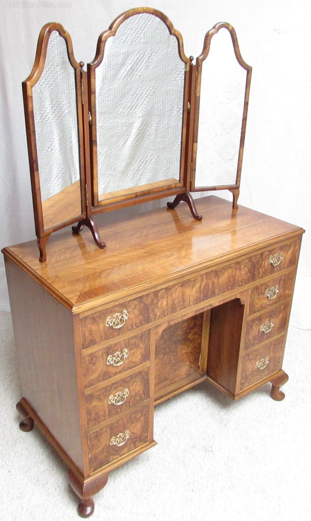 Superb burr walnut dressing table antiques atlas for Walnut dressing table
