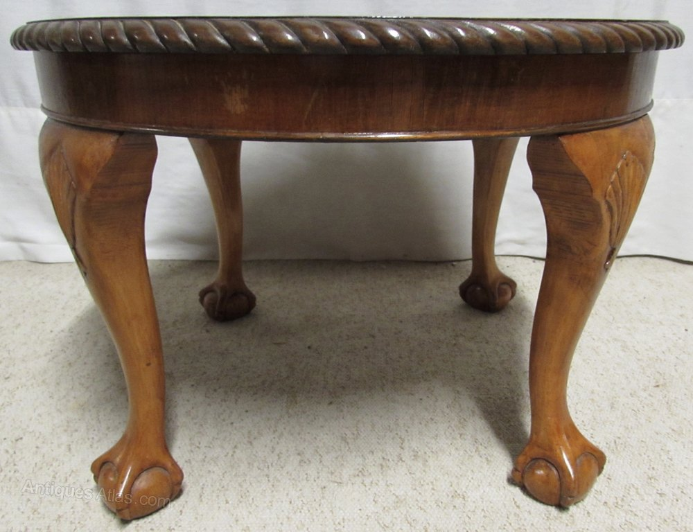 Walnut Round Coffee Table Antiques Atlas