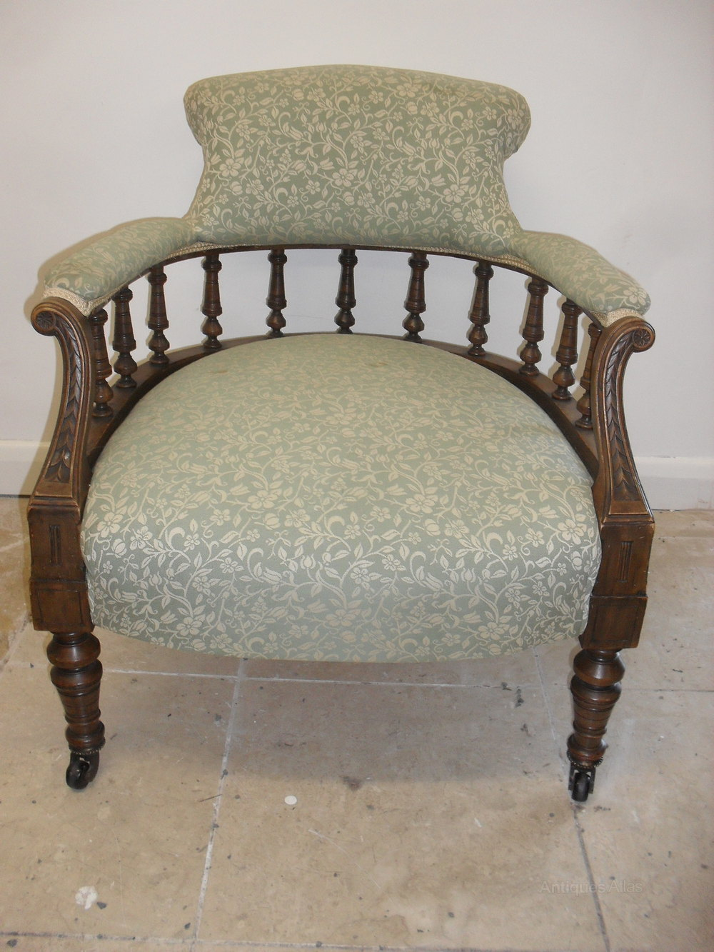 Antique tub chairs - Victorian Walnut Tub Chair Antique