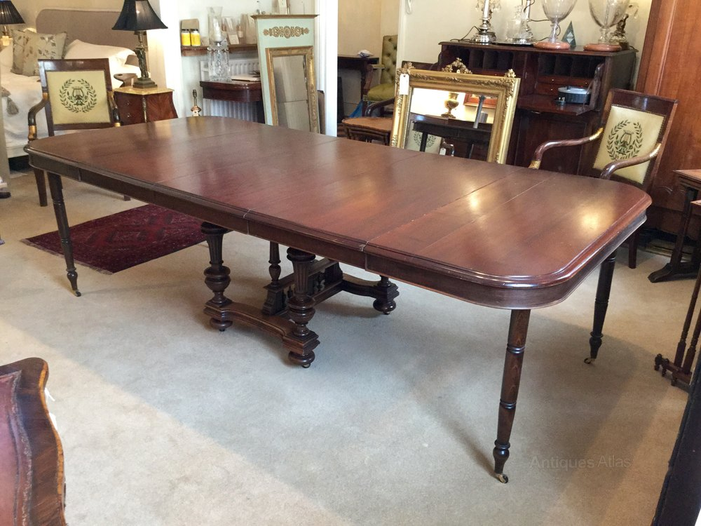 Antique french extending dining table 10 seater antiques for 10 seater dining table