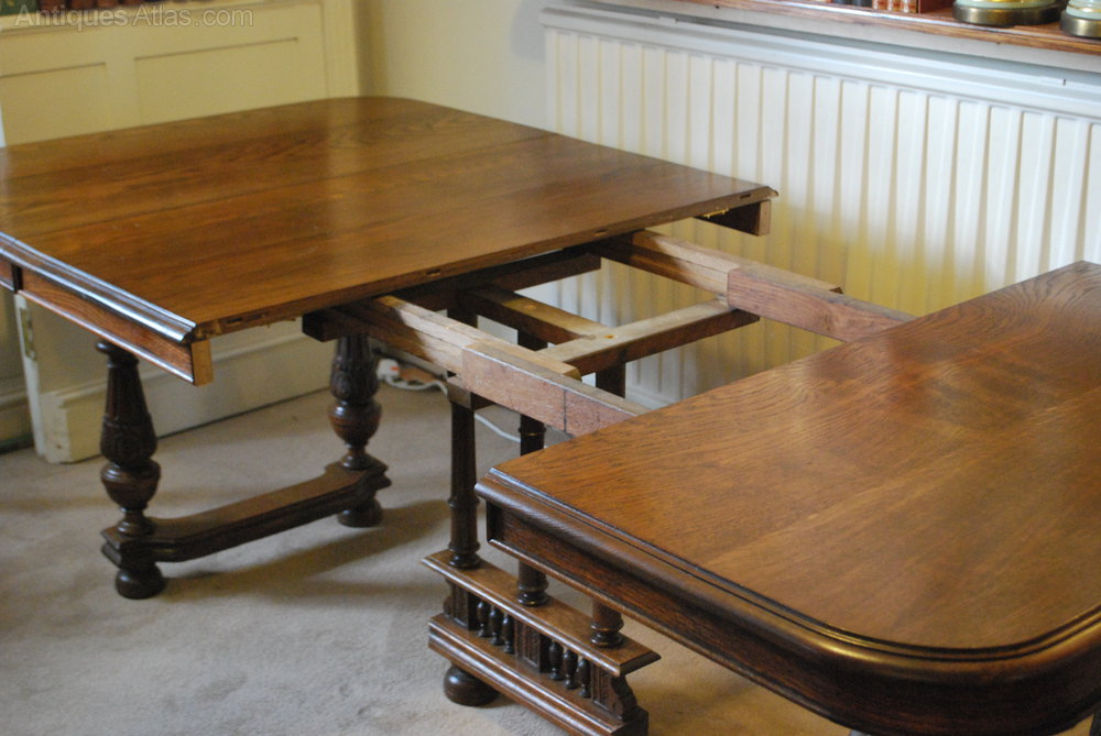 French oak extending dining table 8 10 seater antiques atlas for 10 seater solid oak dining table