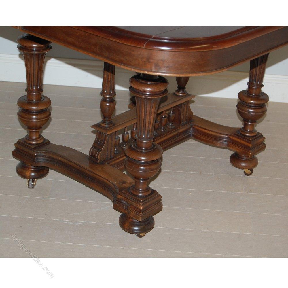 henri ii extendable dining table c1880 antiques atlas. Black Bedroom Furniture Sets. Home Design Ideas
