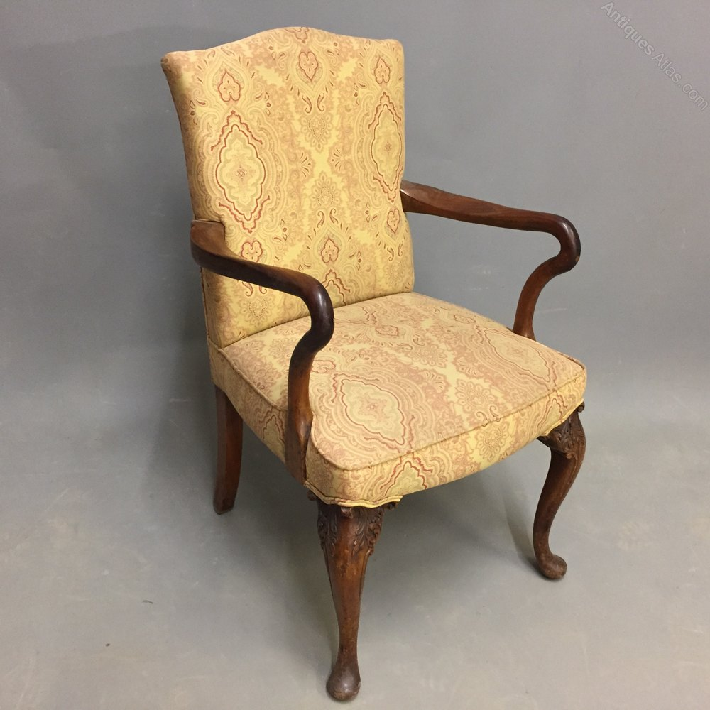 Queen Anne Style Open Armchair - Antiques Atlas