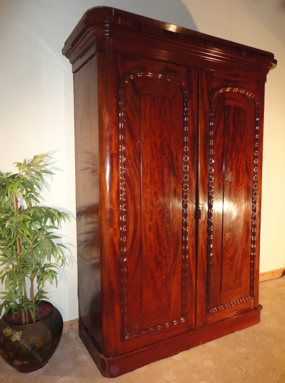 Early Victorian Mahogany Two Door Wardrobe Antiques Atlas