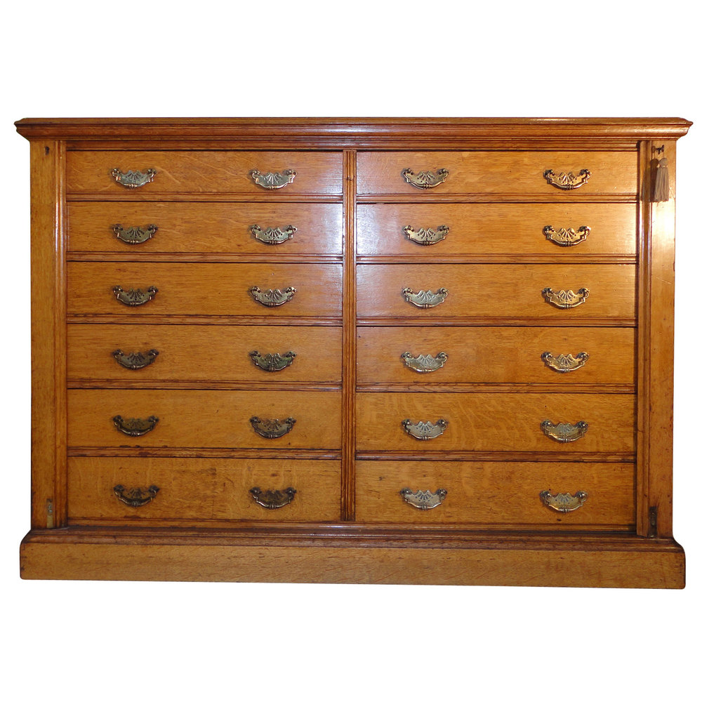 Oak double wellington collectors chest antiques atlas for Vintage furniture dealers