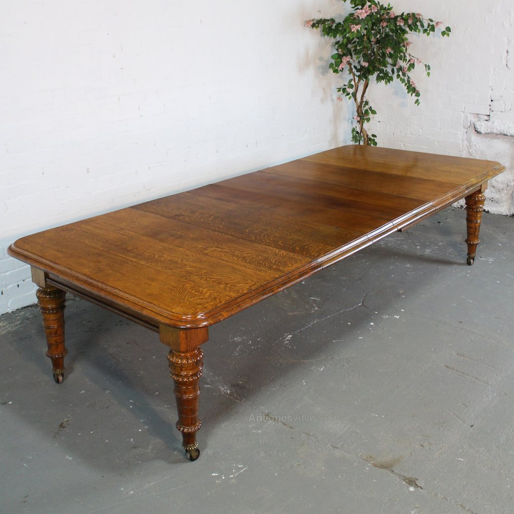 Victorian oak dining table 4 leaves 10ft 12 seat for 12 seat dining table