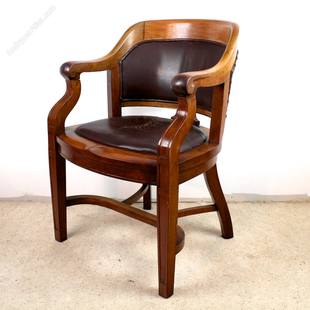 Victorian Walnut Bow Back Wide Desk Arm Chair - Antiques Atlas