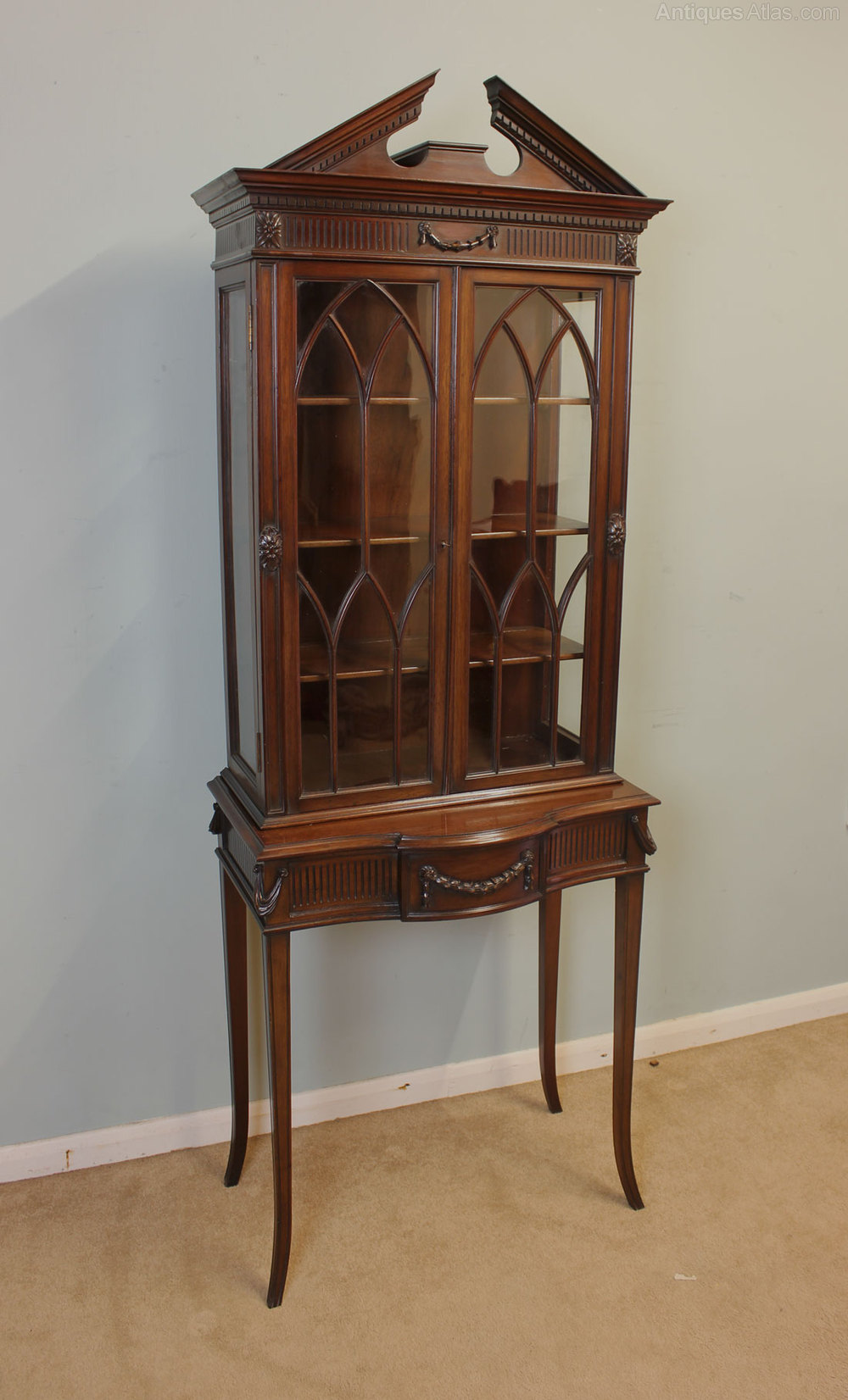 Antique edwardian mahogany display cabinet antiques atlas for Antique display cabinet