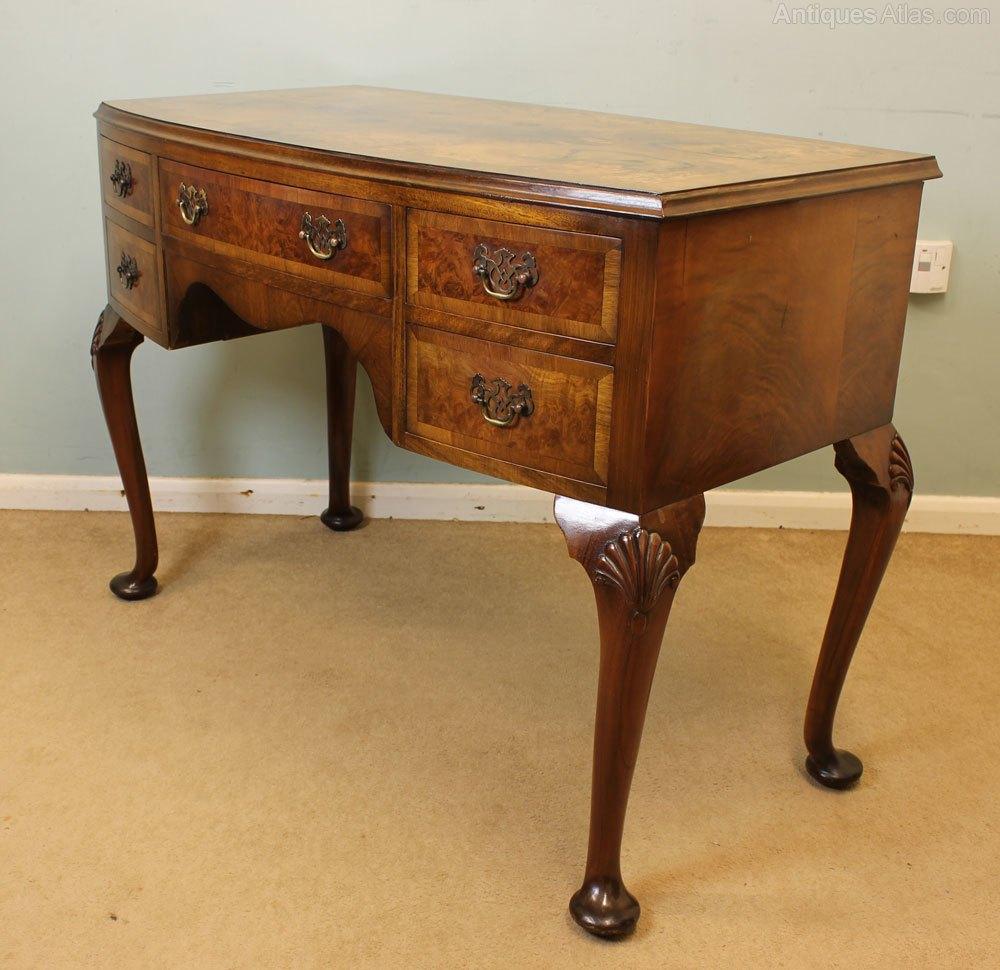 Figured walnut dressing table writing desk antiques atlas for Walnut dressing table