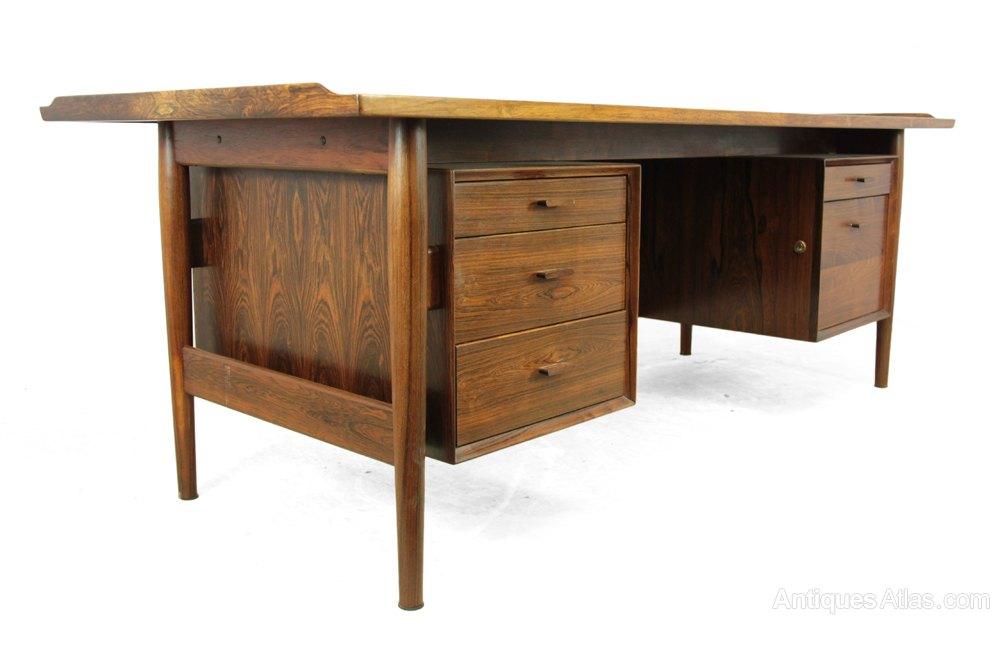 Antiques Atlas Mid Century Desk In Rosewood By Arne Vodder