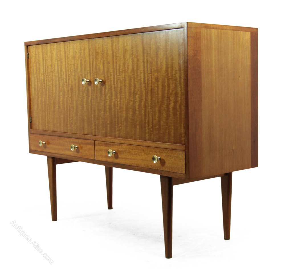 antiques atlas mid century sideboard by gordon russell c1950. Black Bedroom Furniture Sets. Home Design Ideas