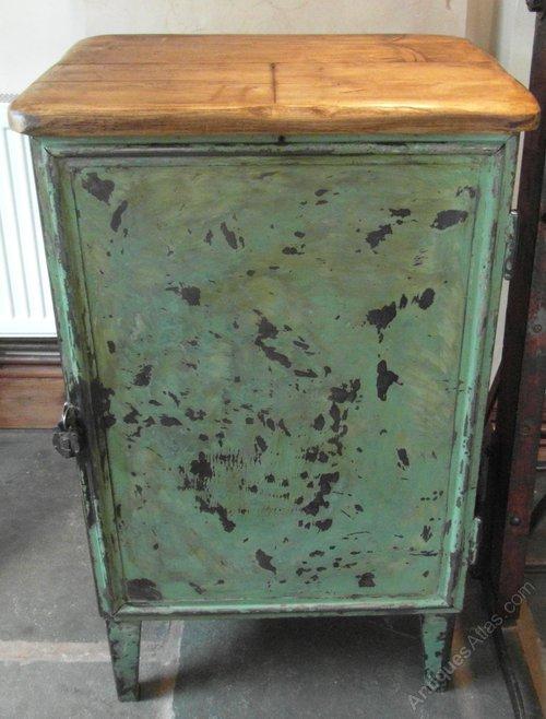 Vintage Industrial Metal Cabinet Cupboard ... - Antiques Atlas - Vintage Industrial Metal Cabinet Cupboard