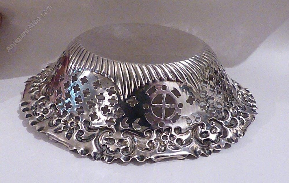 Silver Wedding Gift: Antique Silver Wedding Gifts Bon Bon Dish