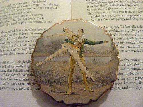Antiques Atlas Rare Stratton Ballet Ballerina Compact