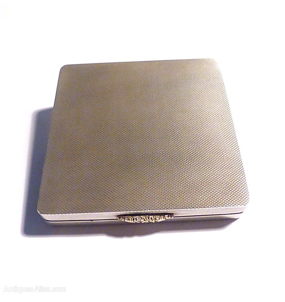 Vintage Silver Compact 58