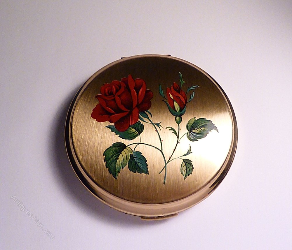 That can Vintage compacts for