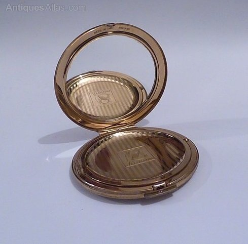 Site Vintage compacts for